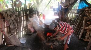 Horno de leña para fabricación de azúcar.
